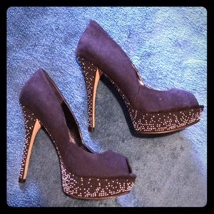 Aldo high heels with sparkle platforms and soles